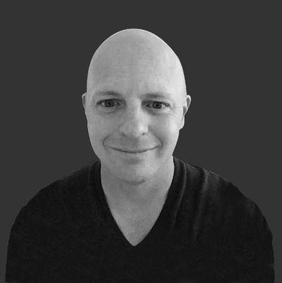 Джон Котсиер, автор материалов для Forbes, Tune и Inc.com