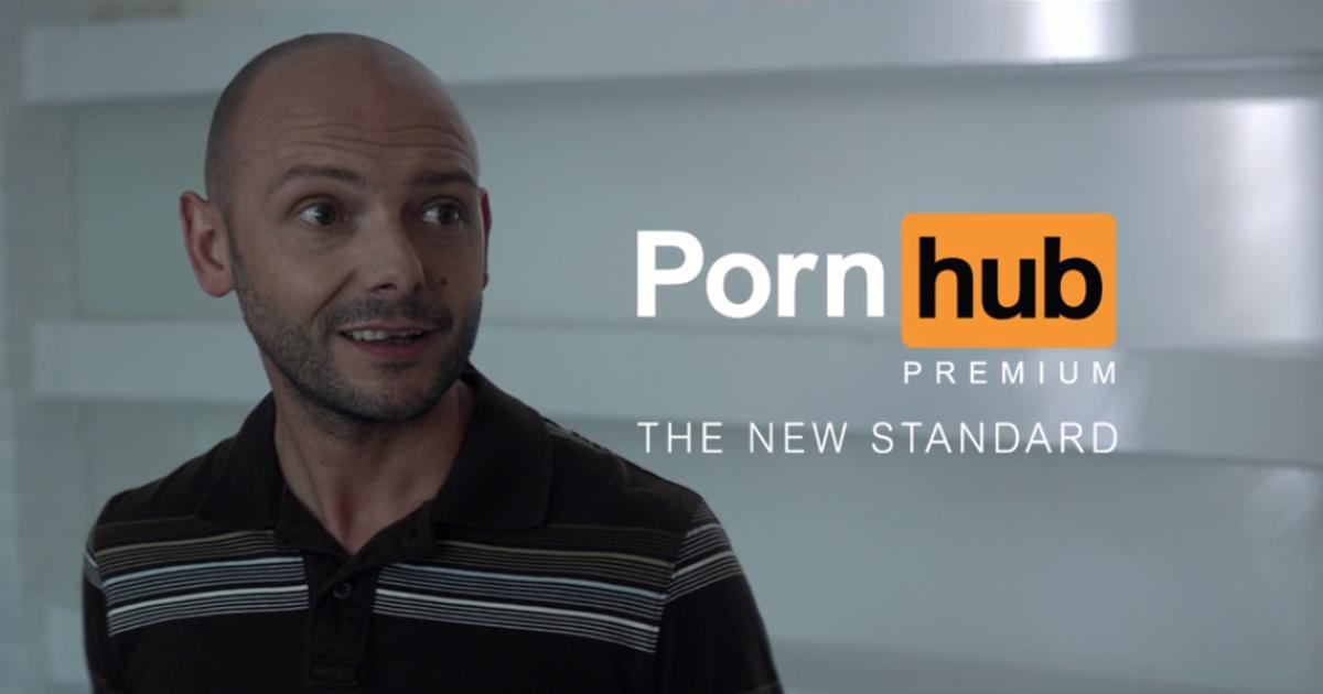 PornoHub в новой рекламе сравнил премиум-подписку с качественными вещами.