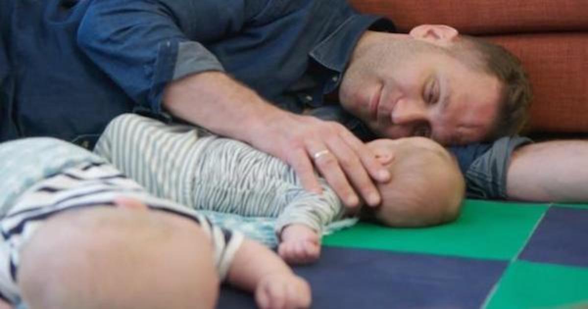 Мужчины поделились первым опытом отцовства в рекламе Huggies.