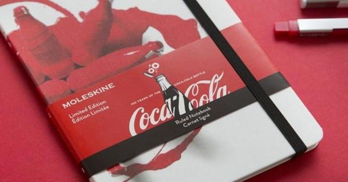 Moleskine отметил 100-летие бутылки Coke специальной коллекцией.