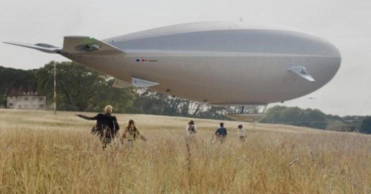 Grey Goose совершает путешествие на дирижабле в фантастическом ролике.