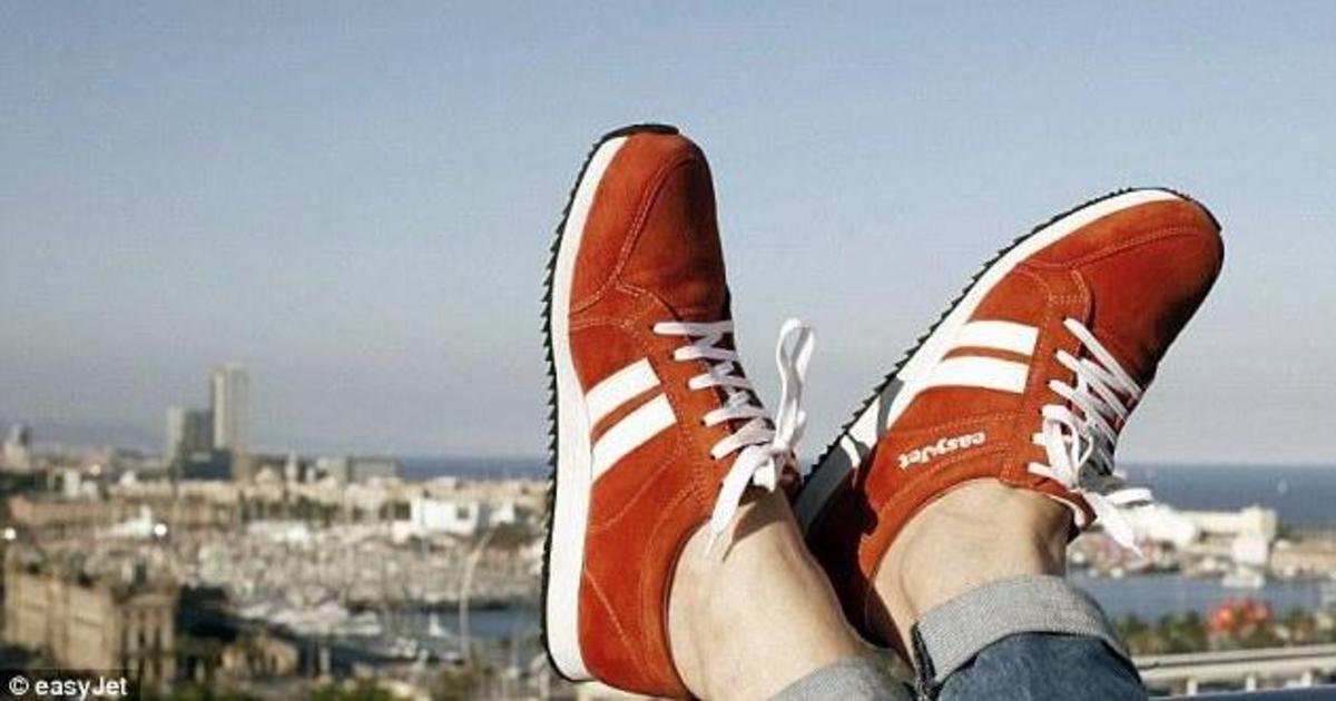 EasyJet выпустили умные кроссовки, которые помогают путешествовать.