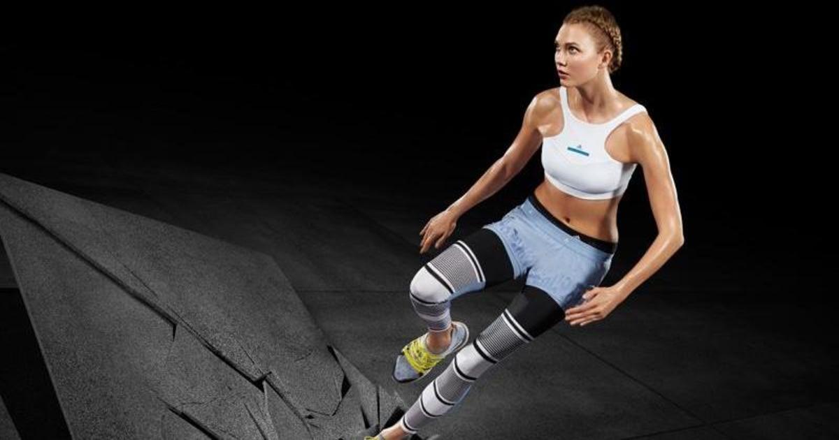 Спортивная Карли Клосс стала лицом кампании adidas by Stella McCartney.