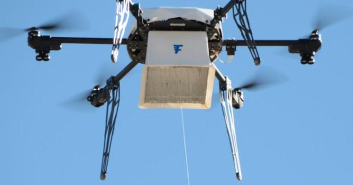 Кофе и пончики стали первым доставленным грузом с помощью дрона.