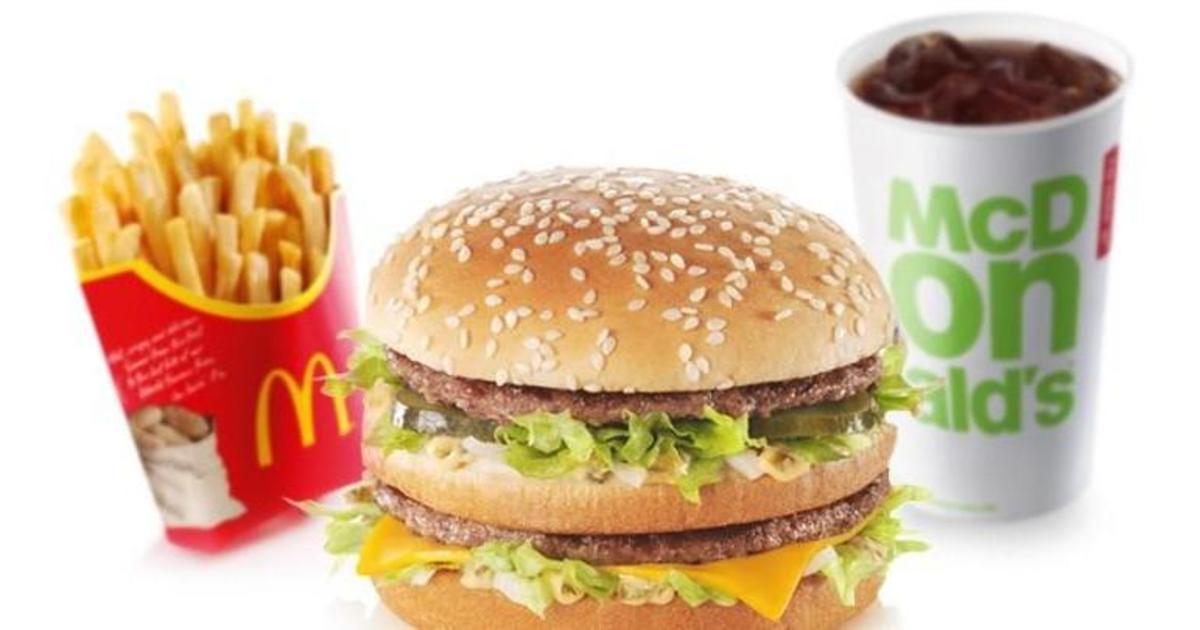 McDonald's призвали использовать мясо без антибиотиков во всех ресторанах.