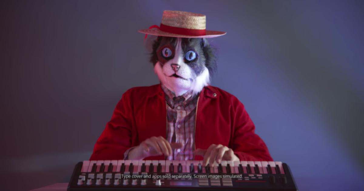 Microsoft троллит Apple Mac в музыкальном ролике.