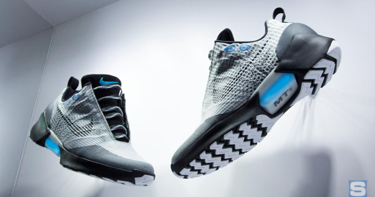 Футуристические кроссовки Nike поступят в продажу в ноябре.
