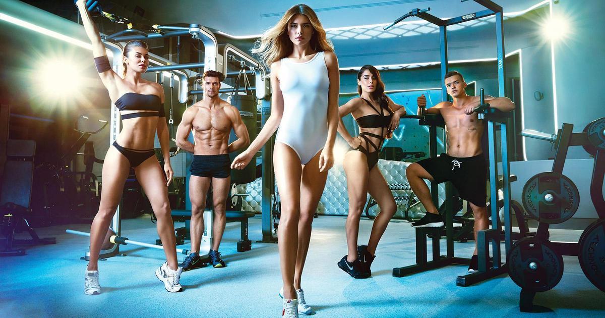 Лондонский fashion-фотограф одел и раздел членов клуба TSARSKY.