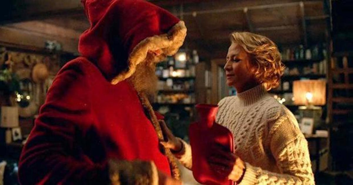 M&S выпустили эмоциональный рождественский ролик о миссис Санта-Клаус.