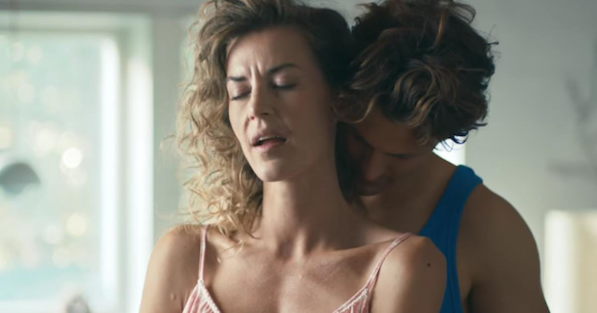 Сделай это для Дании: ролик призвал заняться сексом на отдыхе.
