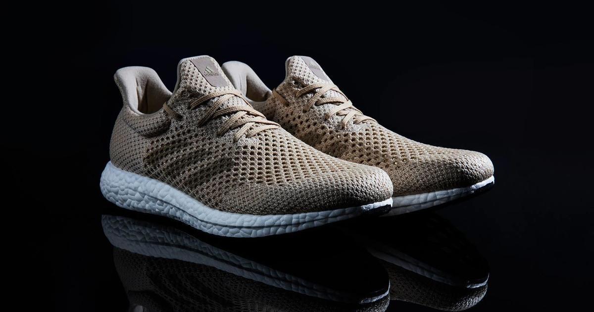 Adidas представил биоразлагаемые кроссовки.