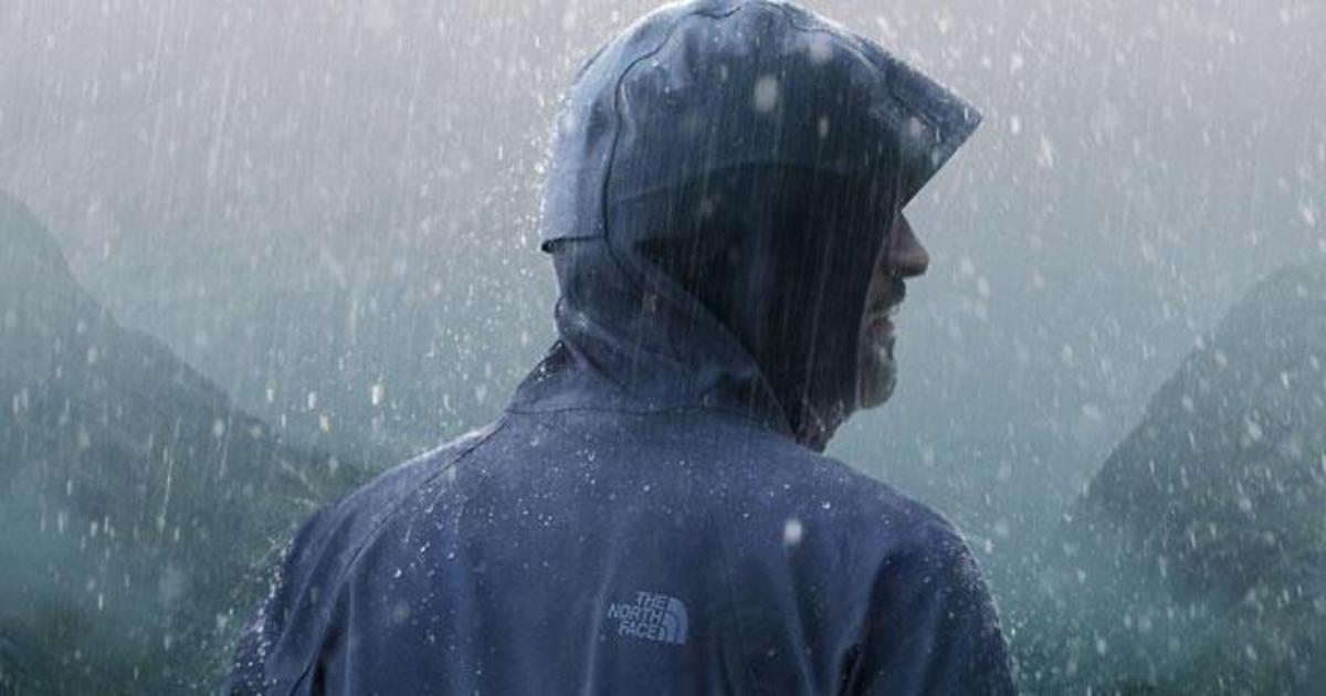 Spotify позволил The North Face запустить кампанию в дождливых локациях.
