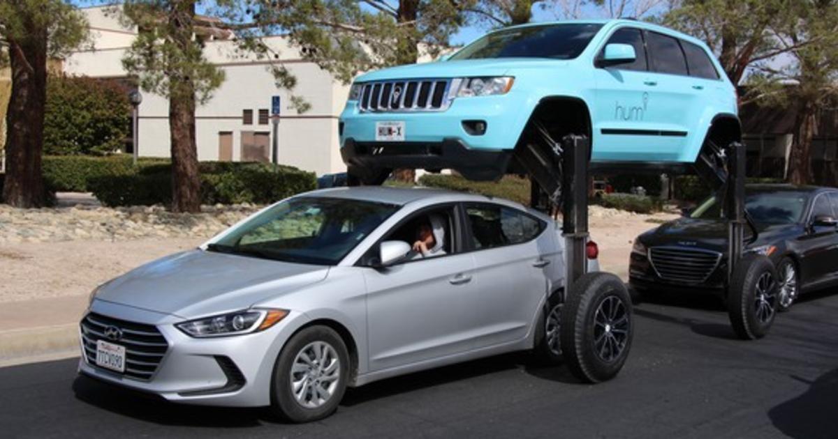 Thinkmodo создали автомобиль-трансформер для борьбы с пробками.