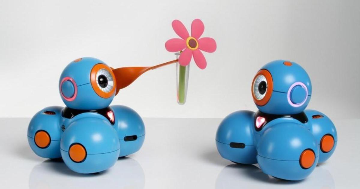Месседжинг, VR и дружба человека с роботами