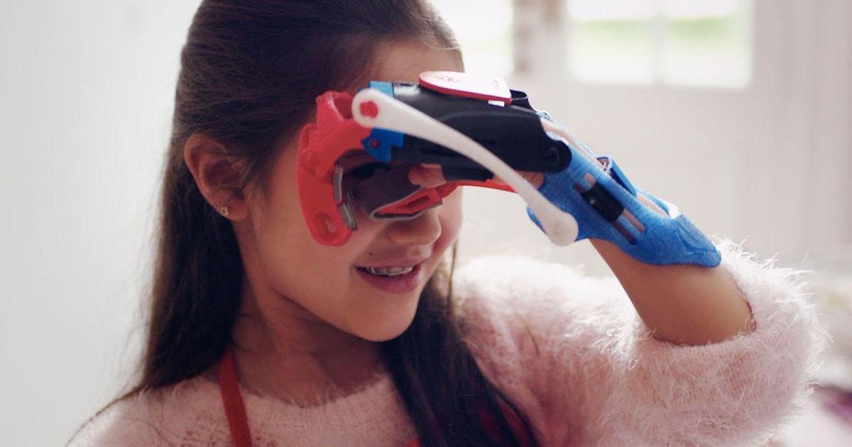 Burger King напечтал 3D-протезы, которые помогают держать вопперы.