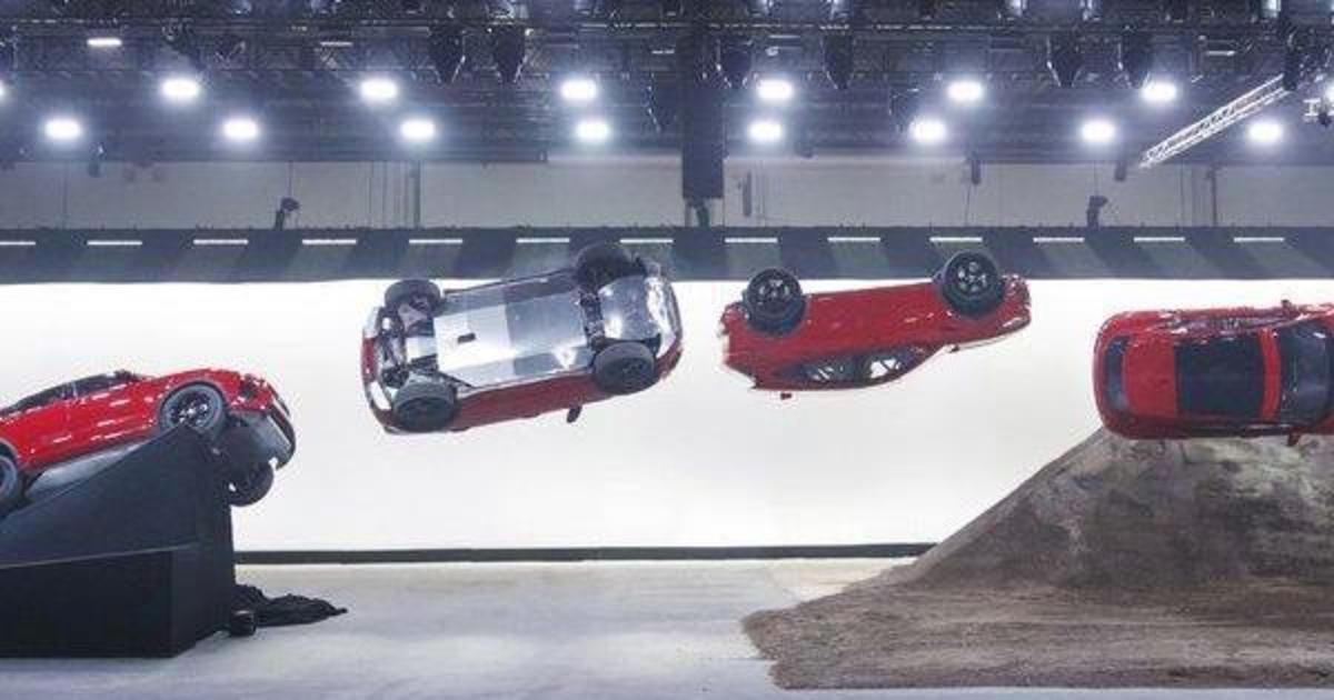 Новая модель Jaguar установила мировой рекорд Гиннесса.