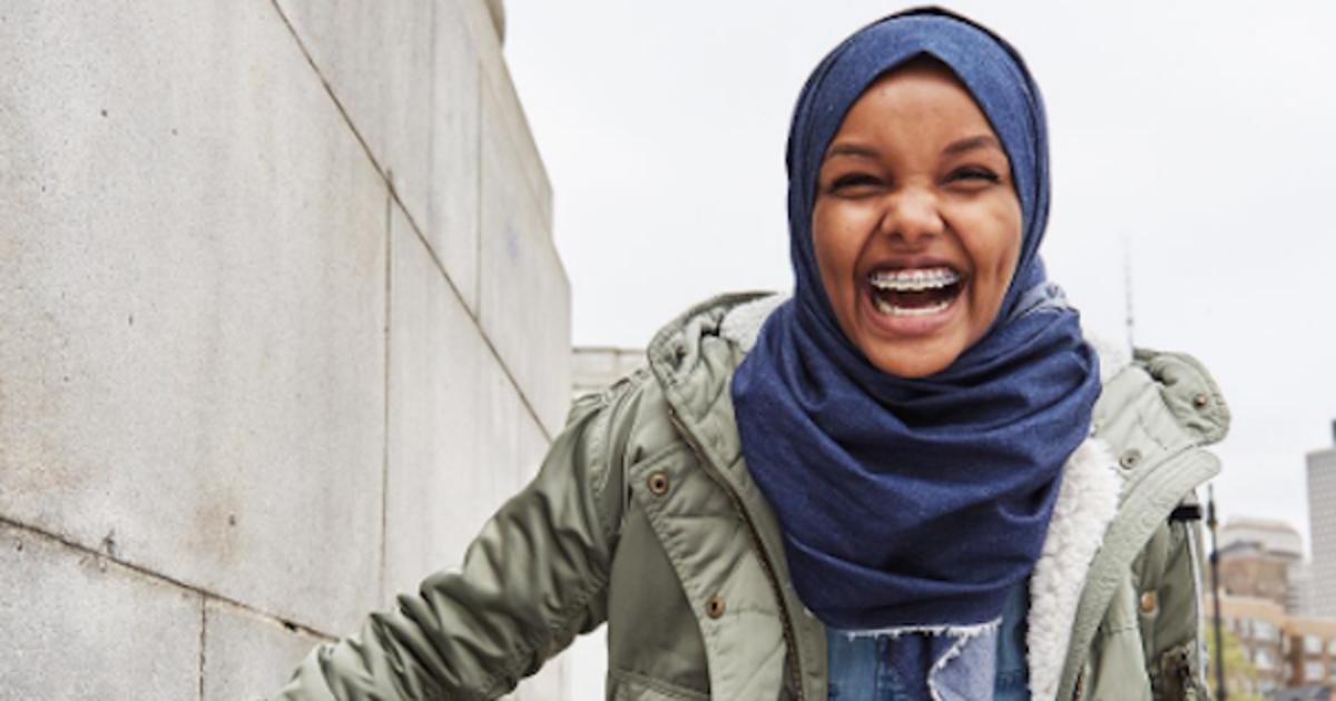 American Eagle представил хиджаб из денима.
