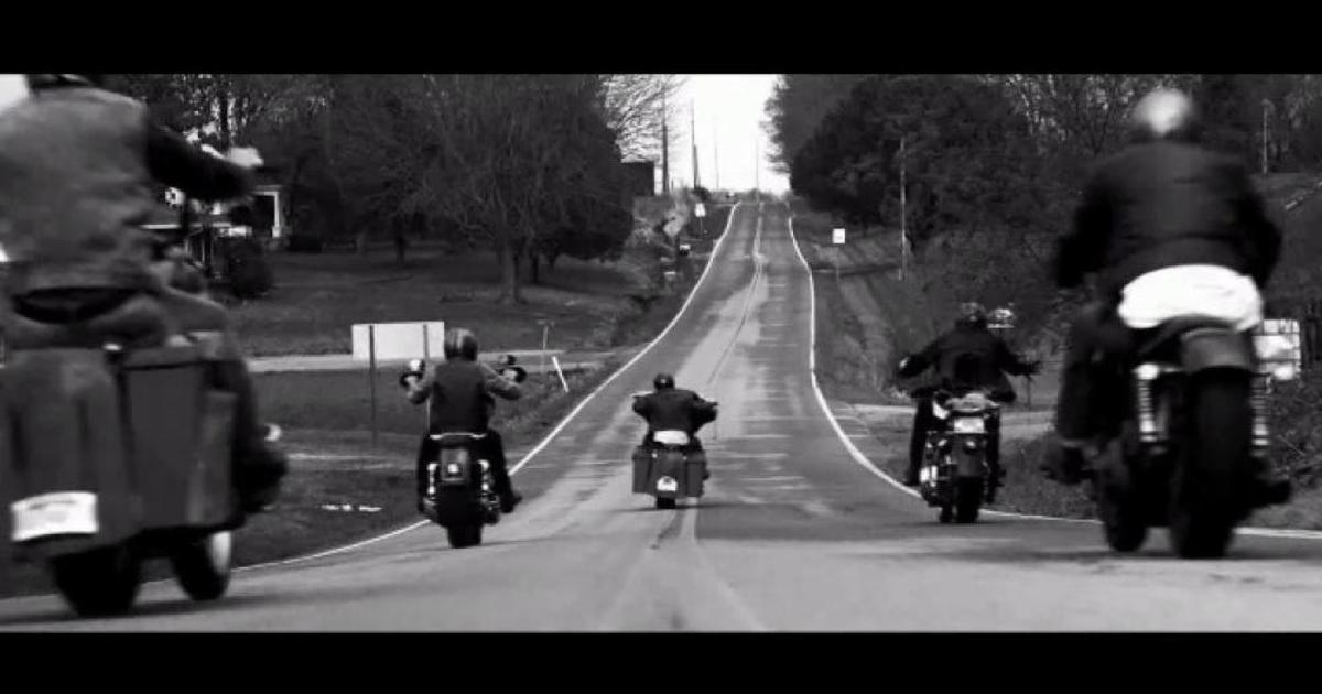 Apple сняла ролик в стиле Harley-Davidson.