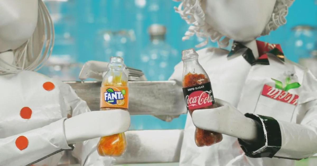 Чудесное видео о любви Fanta и Coca-Cola говорит о ценности переработки.