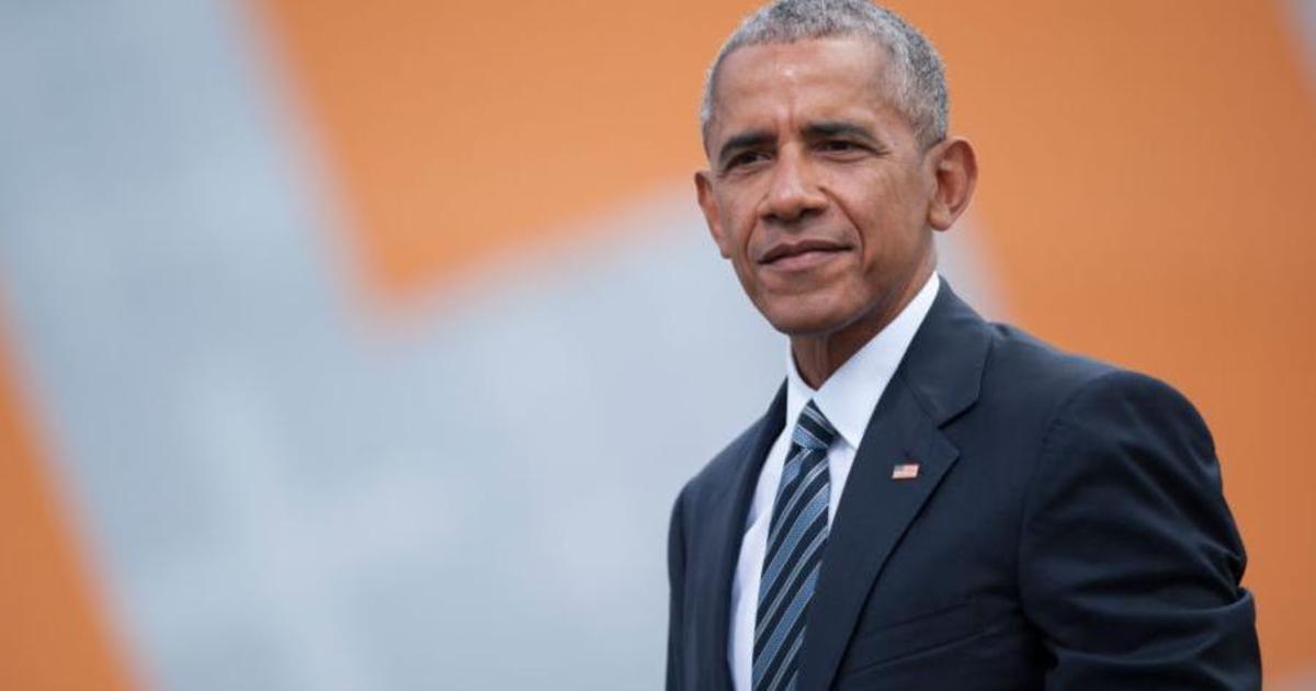 Твит Обамы стал самым популярным в истории сервиса.
