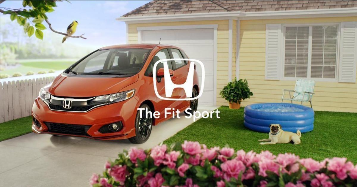 Рекламу Honda погрузили в Honda.