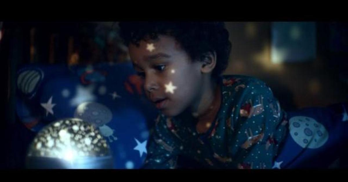 John Lewis выпустил трогательный рождественский ролик.