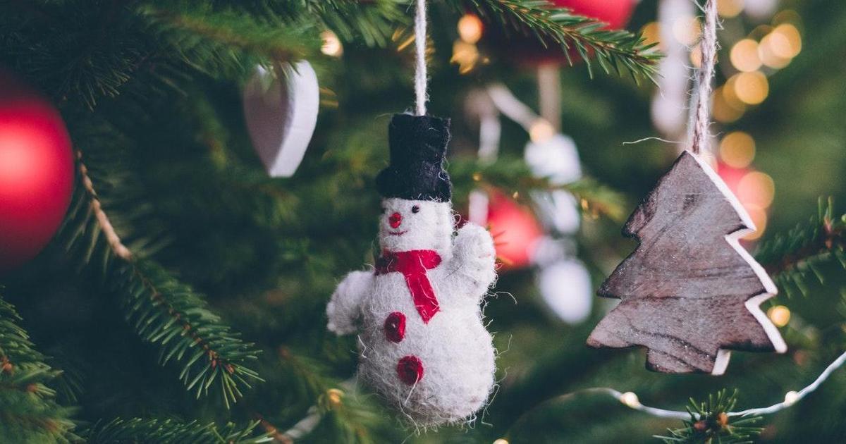 Инфографика: как покупатели выбирают подарки в этом году.