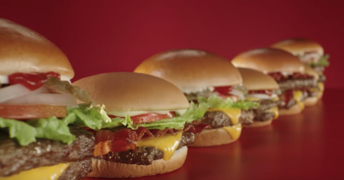 Wendy's раскритиковала McDonald's в ролике для Super Bowl.