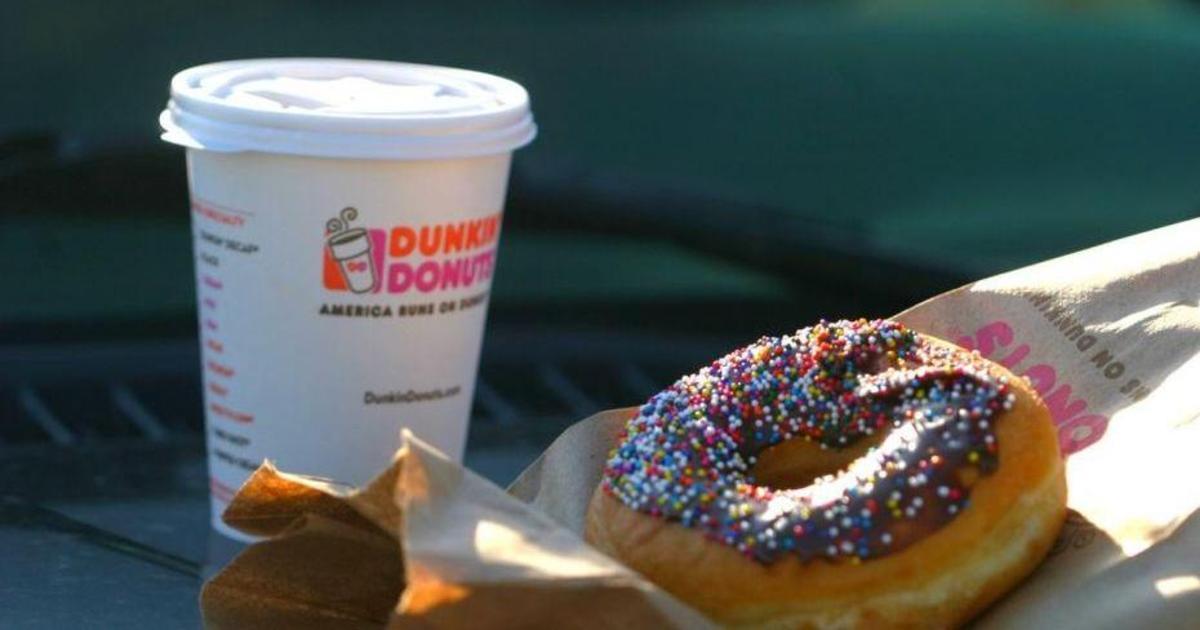 Dunkin' Donuts планирует избавиться от пластиковых стаканов к 2020.