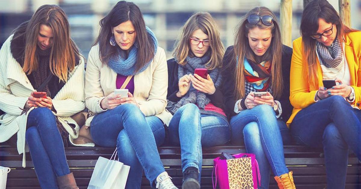 Исследование Motorola Mobility: гаджеты ― лучшие друзья поколения Z.