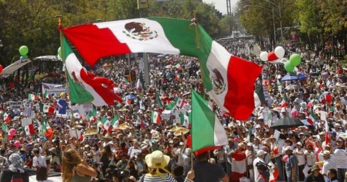 Facebook предупредил мексиканцев относительно фейковых новостей.