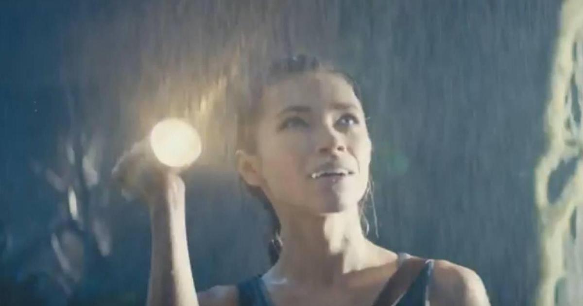 Мивина представила новинку в ролике-аллюзии на фильм о Ларе Крофт.