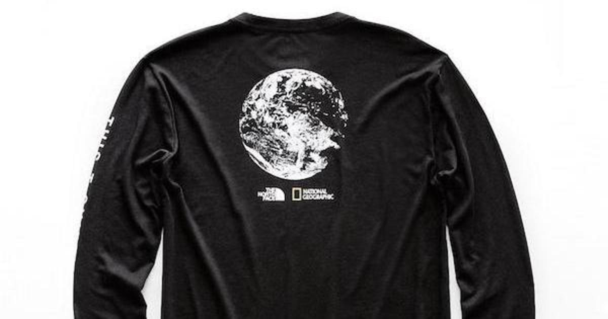 National Geographic создала футболки из мусора, найденного в парках.