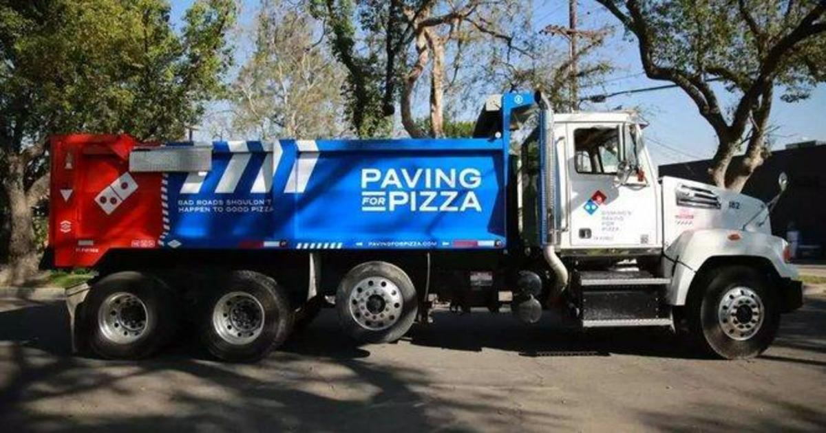 Domino's взялась за починку дорог ради доставки пиццы.