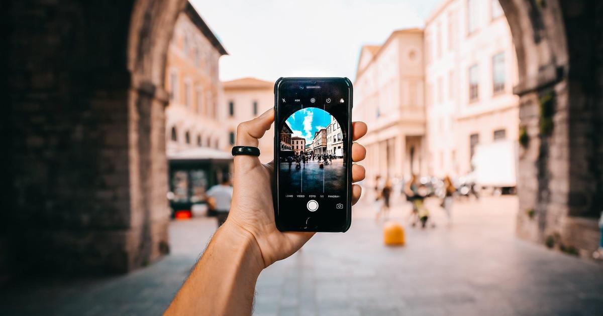 Zenith: В 2018 году потребление видео онлайн достигнет 1 часа в день.
