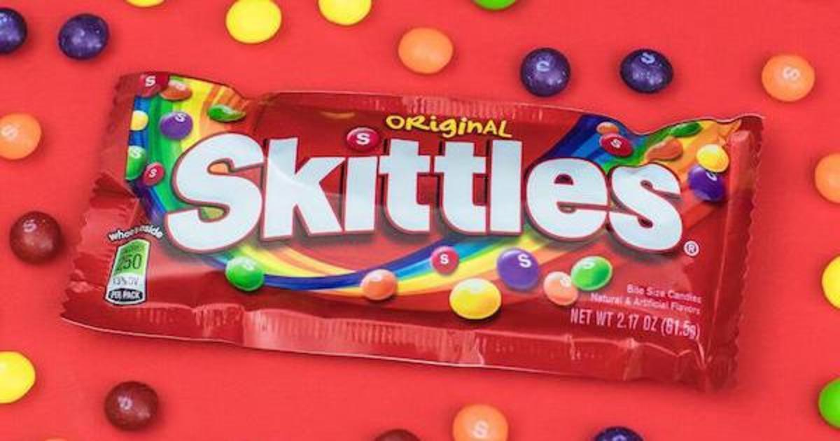 Skittles представил «голую» версию драже.