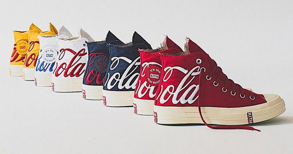 Coca-Cola и Converse выпустили совместную коллекцию кед.