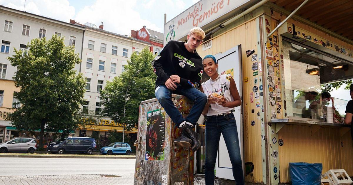 Diesel выпустил коллекцию одежды, вдохновившись кебаб-киоском в Германии.