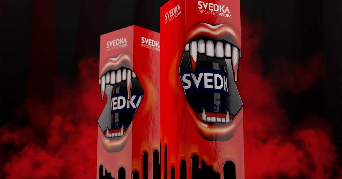 Бренд водки SVEDKA преобразился для Хэллоуина.