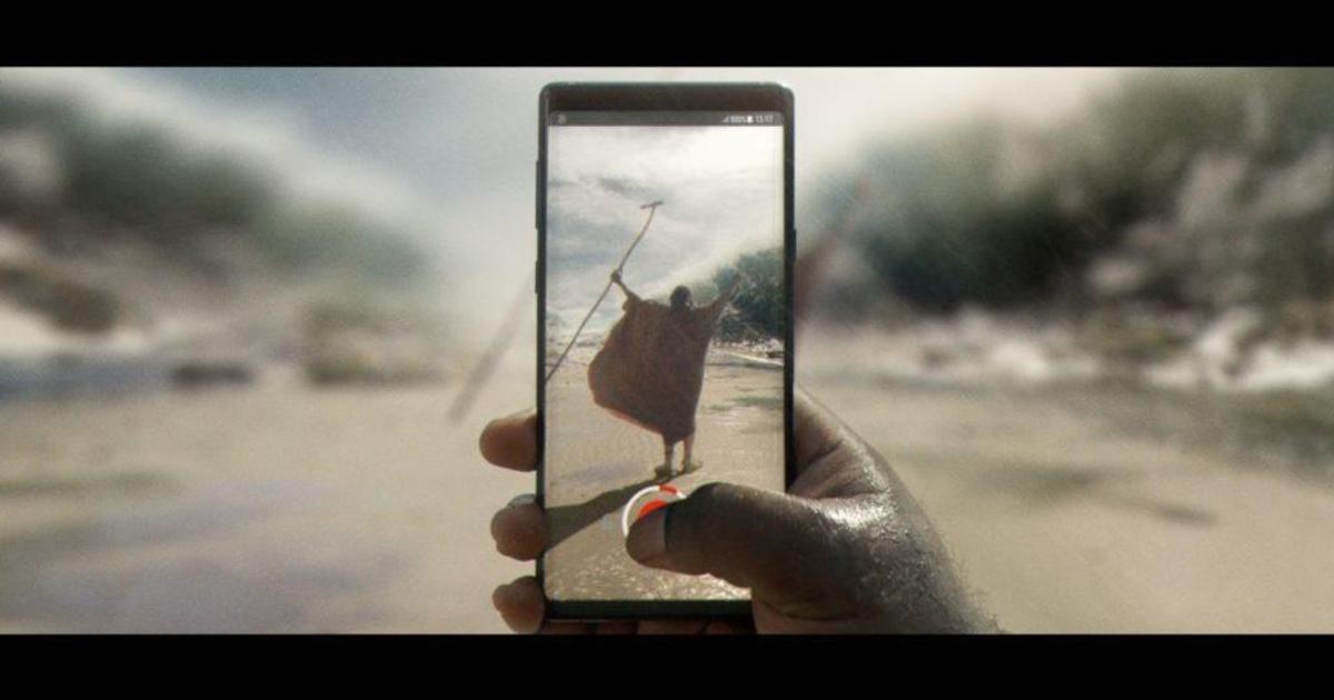 Телефоны изменили историю к лучшему в рекламе британского оператора.