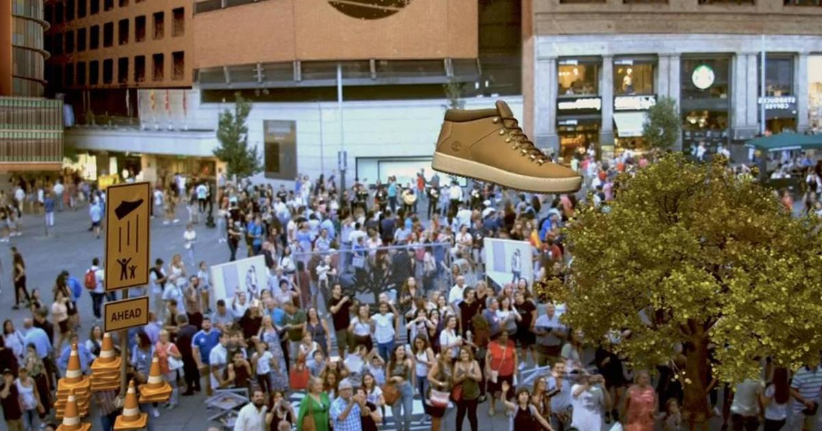 22 000 людей сыграли с огромным виртуальным ботинком Timberland в Мадриде.