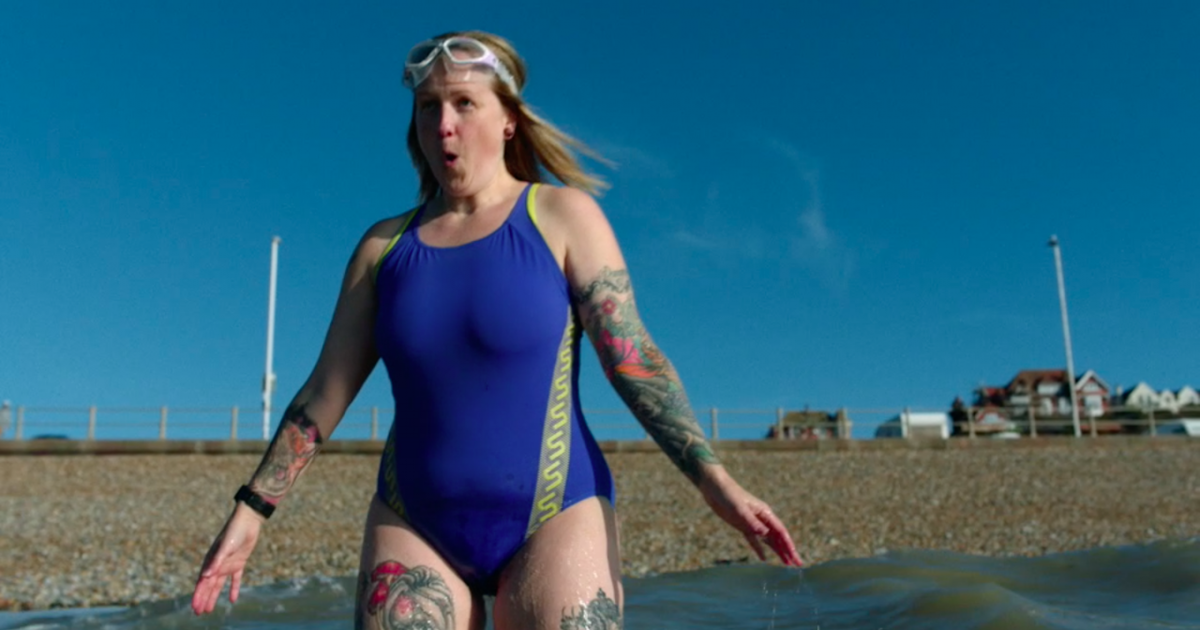 Sport England вдохновляет женщин заниматься любыми упражнениями.