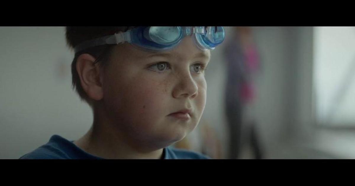 Дети уличили родителей во лжи в рекламе телеком-компании.