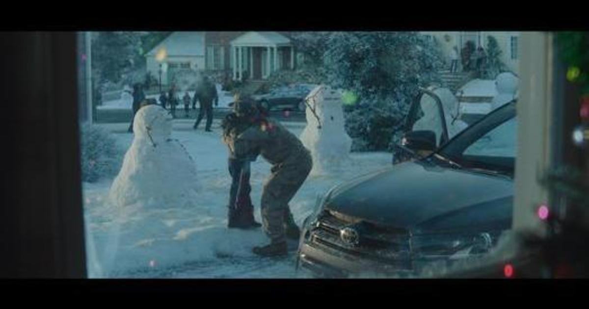 Toyota выпустила эмоциональный рождественский ролик.