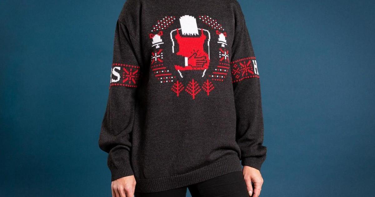 Финская газета выпустила уродливые рождественские свитера с неприятными инфоповодами года.