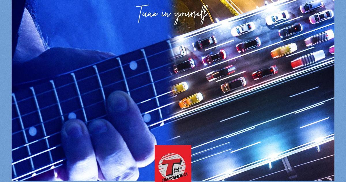 Рекламные принты показали, что хорошая музыка может облегчить напряженный путь.