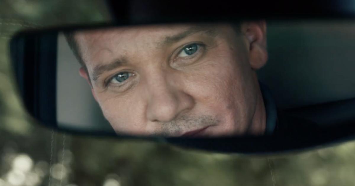 Джереми Реннер снялся в рекламной кампании Ram Truck.