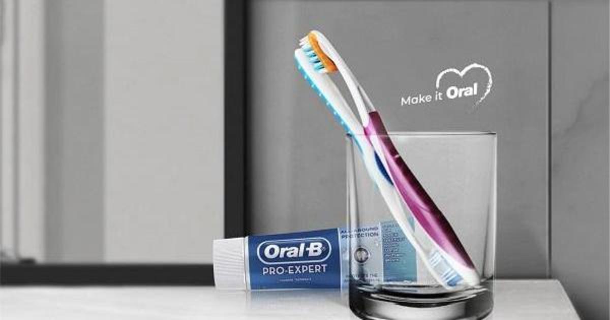 Oral-B выпустил принты с сексуальным подтекстом.