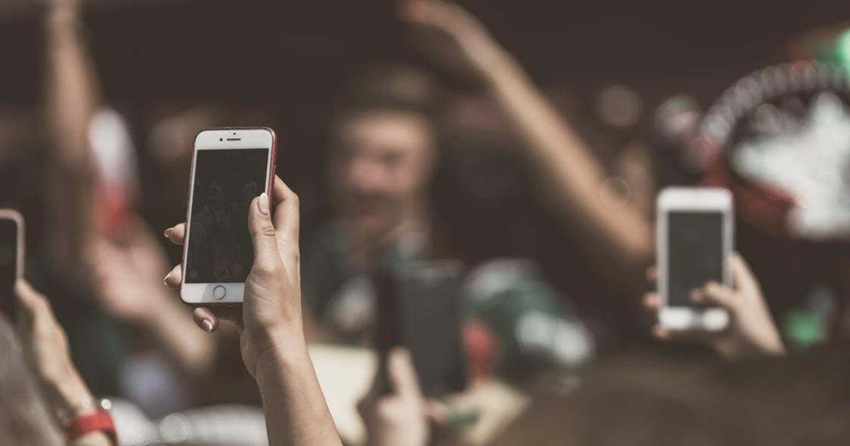 В Украине покупали 15 тыс. смартфонов и 4 тыс. кнопочных телефонов ежедневно.