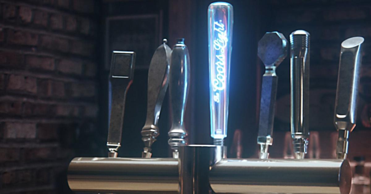 Coors Light обращает атаки конкурента в холодное пиво с помощью умного пивного крана.